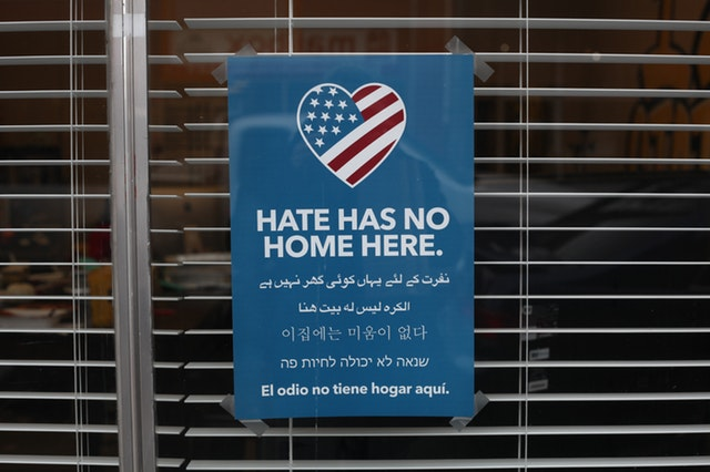 plakat hate has no home here