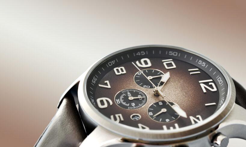 Sådan bruger du dit ur som en del af dit outfit